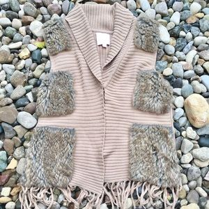 Couture Tan Knit Vest Fur Detailing Size Large